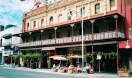 Plaza Hotel - Accommodation NT