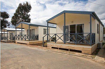 Crestview Top Tourist Park - Accommodation NT