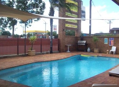 Town And Country Motor Inn Cobar - Accommodation NT