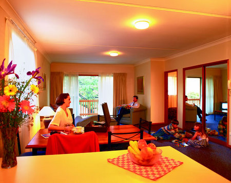 Oxley Court Serviced Apartments - Accommodation NT