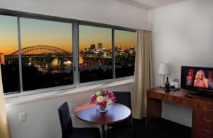 Macleay Serviced Apartment Hotel - Accommodation NT