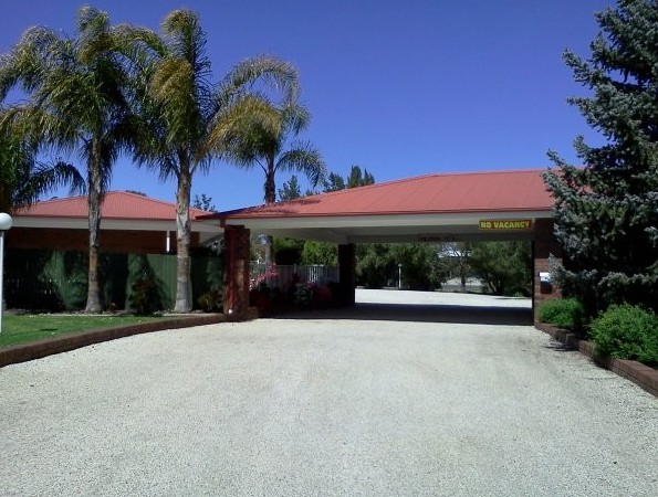 Golden Chain Border Gateway Motel - Accommodation NT