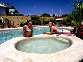 Mackay Motor Inn - Accommodation NT