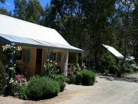 Riesling Trail Cottages - Accommodation NT