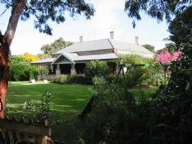 Yankalilla Bay Homestead Bed and Breakfast - Accommodation NT