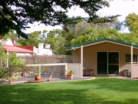 Shiralea Country Cottage - Accommodation NT
