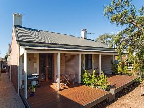Strathalbyn Villas - Accommodation NT