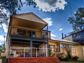 River Shack Rentals - The Manor - Accommodation NT
