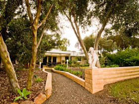 Correa Corner Bed  Breakfast - Accommodation NT