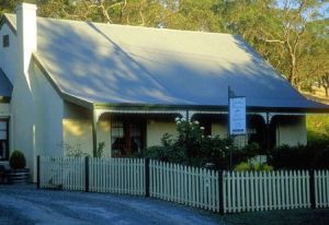 Country Pleasures Bed and Breakfast - Accommodation NT