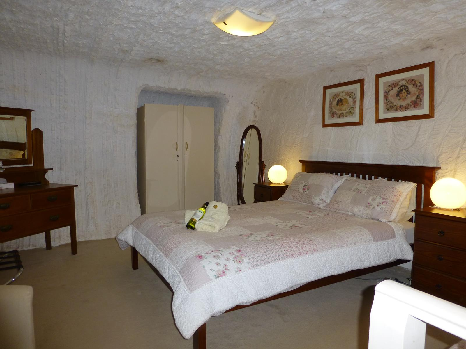 Underground Bed and Breakfast - Accommodation NT