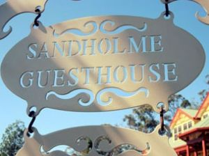 Sandholme Guesthouse 5 Star - Accommodation NT