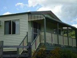 Halls Country Cottages - Accommodation NT