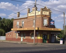 Commercial Hotel - Stock Pub - Accommodation NT