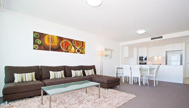 Kirra Surf Apartments - Accommodation NT