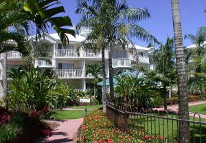 Australis Cairns Beach Resort - Accommodation NT
