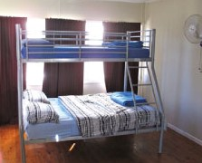 Surf N Sun Beachside Backpackers - Accommodation NT