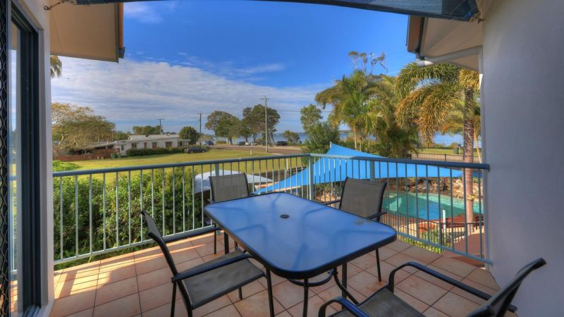 Dolphin Waters Holiday Apartments - Accommodation NT