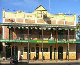 Royal Hotel Coonabarabran - Accommodation NT