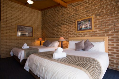 The Town House Motor Inn - Sundowner Goondiwindi - Accommodation NT