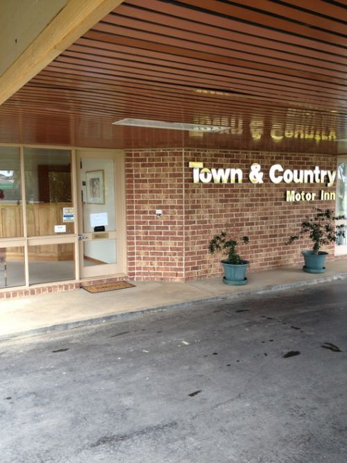 Town & Country Motor Inn Forbes