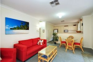 Beaches Serviced Apartments - Accommodation NT