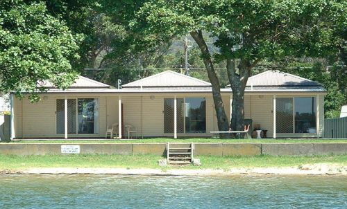 Lorsens On The River - Accommodation NT