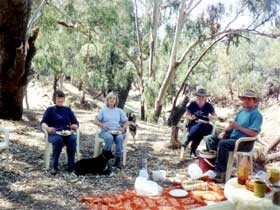 Bimbimbi And Little Hollow Farm Stay - Accommodation NT