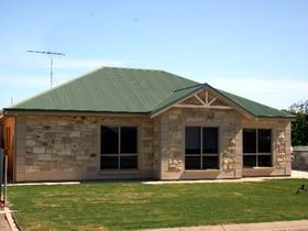 Juno Court Holiday Retreat - Accommodation NT