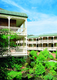 Medina Serviced Apartments Canberra - Accommodation NT