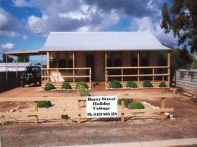 Cowell Barry Street Holiday Cottage - Accommodation NT