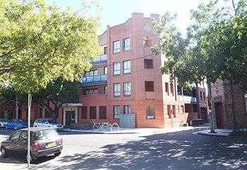 Ryals Serviced Apartments Camperdown - Accommodation NT