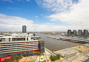 Astra Apartments - Docklands - Accommodation NT