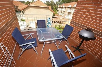 North Ryde 64 Cull Furnished Apartment