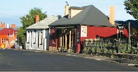 Grand Old Duke - The - Accommodation NT