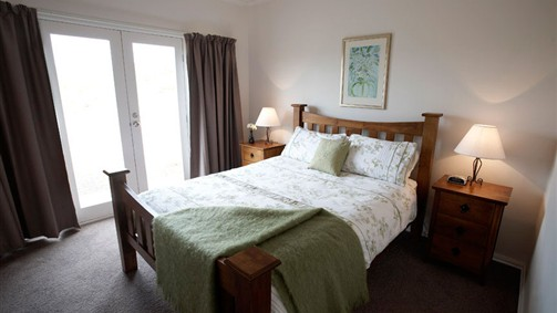 Strath Valley View Bed and Breakfast - Accommodation NT