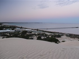 Fowlers Bay Caravan Park - Accommodation NT