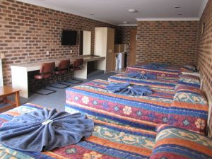 Big Trout Motor Inn - Accommodation NT