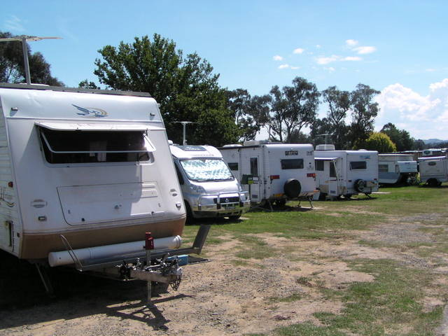Canberra Carotel Motel  Caravan Park - Accommodation NT