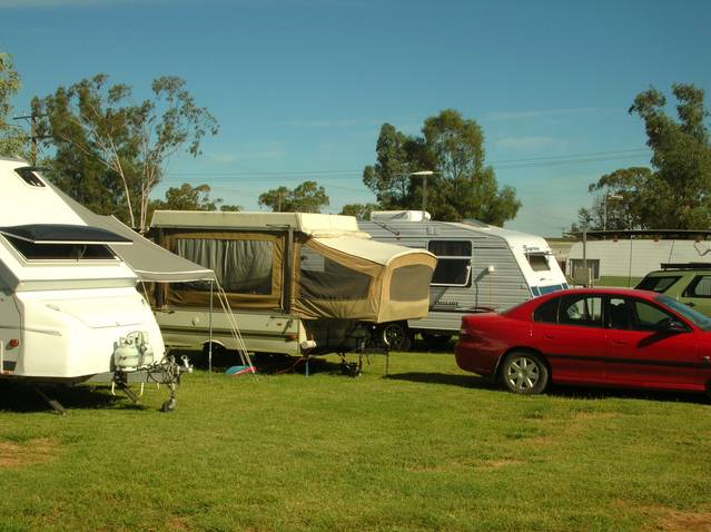 Crocodile Caravan Park - Accommodation NT