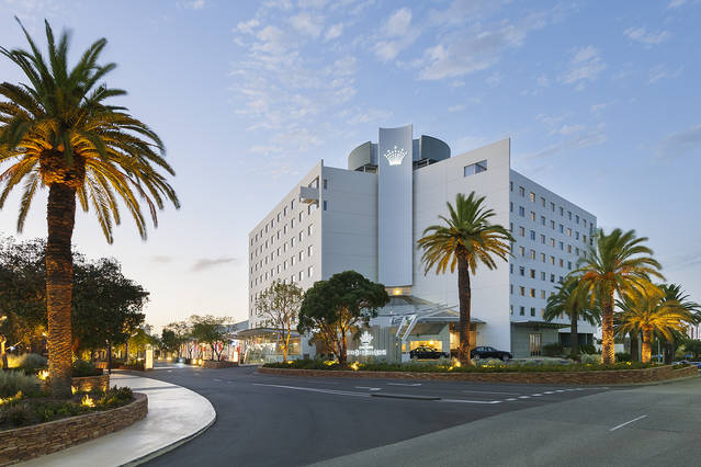 Crown Promenade Perth - Accommodation NT