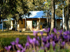 Kendenup Lodge and Cottages - Accommodation NT