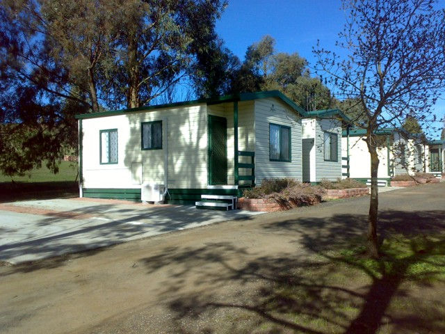 Kilmore Caravan Park - Accommodation NT