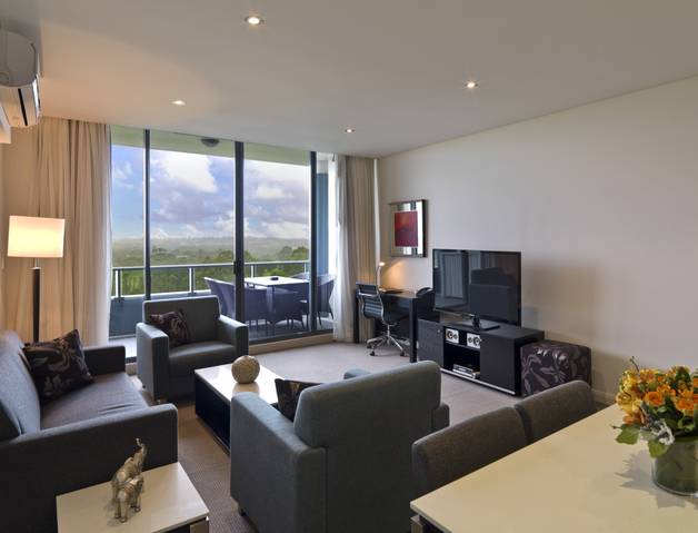 Meriton Serviced Apartments Danks Street Waterloo - Accommodation NT