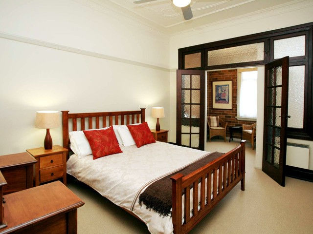 The Bank Guesthouse - Accommodation NT