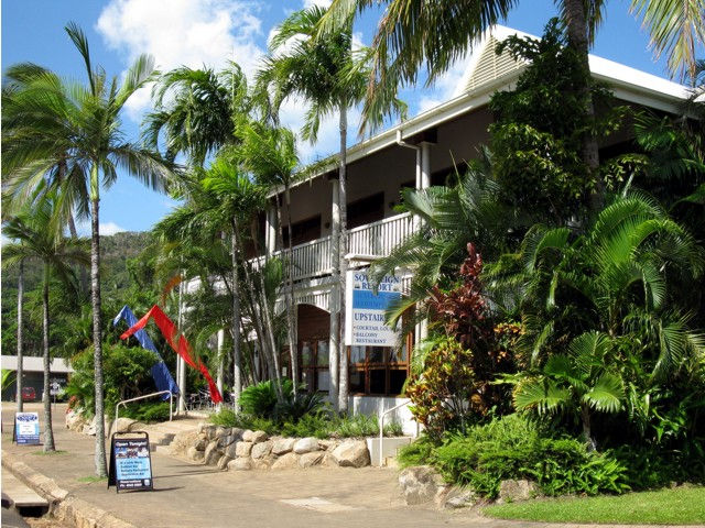 The Sovereign Resort Hotel - Accommodation NT