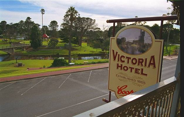 Victoria Hotel - Accommodation NT