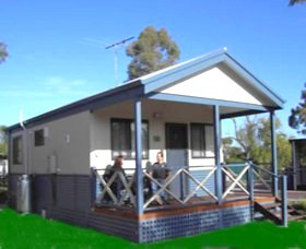 Pinjarra Cabins and Caravan Park - Accommodation NT