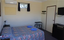 Bluey Motel - Lightning Ridge - Accommodation NT