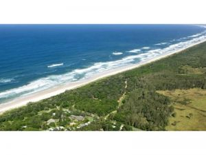 Wooyung Beach Holiday Park - Accommodation NT